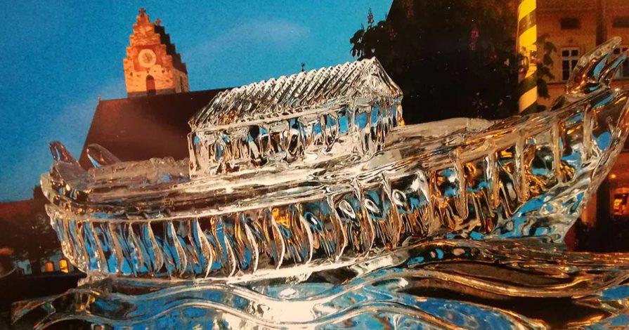 Eisfiguren vom Eiskünstler Christian Staber